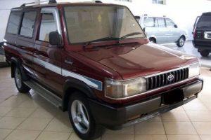 harga mobil seken dibawah 50 juta - Mobil Kijang 1994