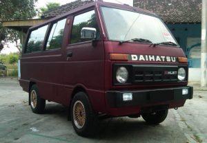 mobil murah harga 15 juta - Daihatsu Hijet 1000