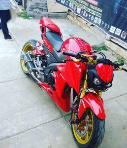 modifikasi vixion 2012 merah marun