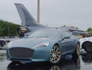 Aston Martin Rapide S - Merk Mobil Mewah