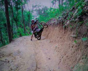 -motor beat modifikasi trail