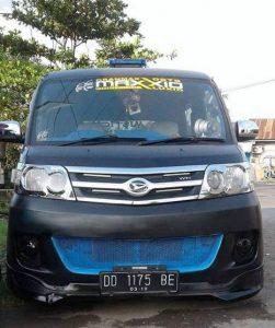 - modifikasi mobil luxio sticker
