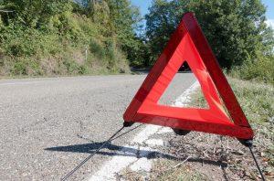 tanda bahaya mesin mobil kepanasan