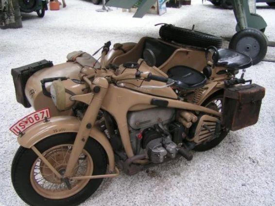 Motor vintage Zundapp KS 750
