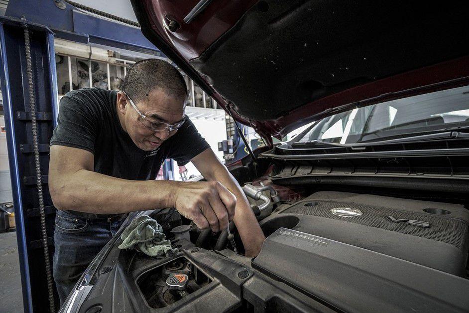 Daftar Perawatan Komponen Mobil Sendiri Secara Berkala