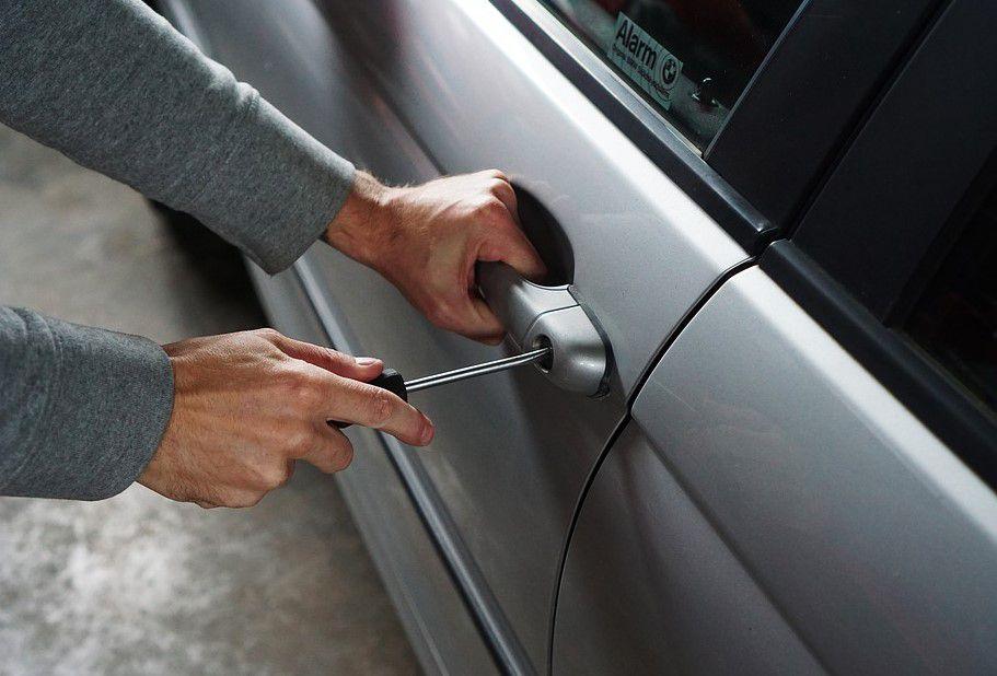 Pengamanan Mobil